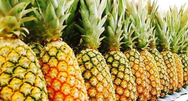 abacaxi-fruta-mercado-corte