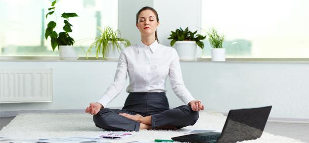 executive-meditating